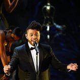 The Weeknd durante su actuación en la gala de los Premios Oscar 2016