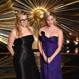 Kate Winslet y Reese Witherspoon en la gala de los Premios Oscar 2016