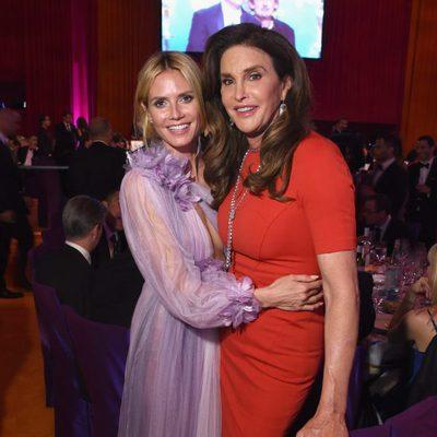 Heidi Klum y Caitlyn Jenner en la fiesta de Elton John tras los Oscar 2016