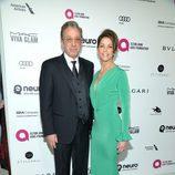 Tim y Jane Allen en la fiesta de Elton John tras los Oscar 2016