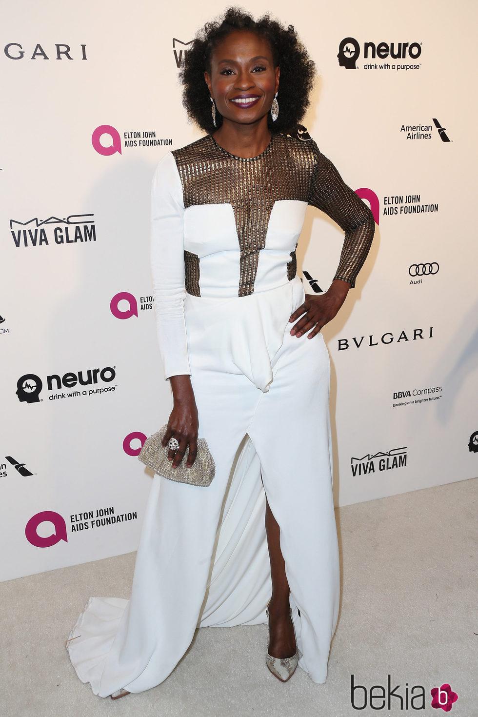 Adina Porter en la fiesta de Elton John tras los Oscar 2016