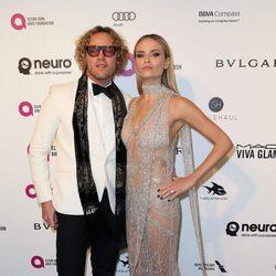 Natasha Poly en la fiesta de Elton John tras los Oscar 2016