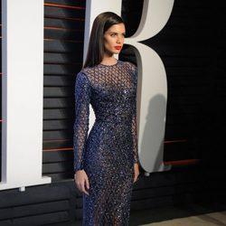 Sara Sampaio en la fiesta de Vanity Fair tras los Oscar 2016