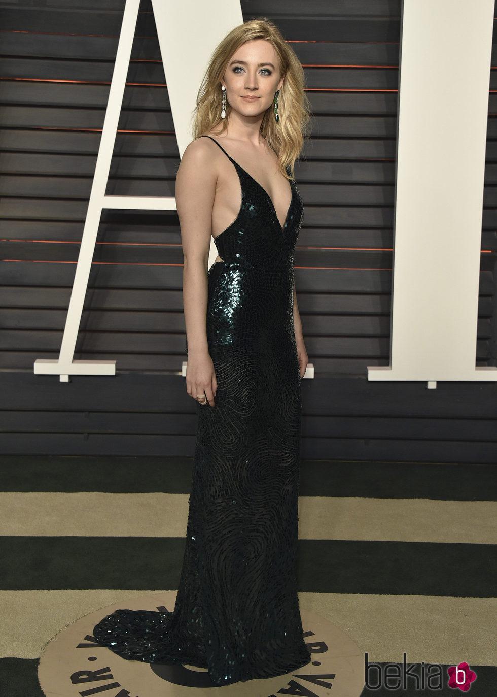 Saorise Ronan en la fiesta de Vanity Fair tras los Oscar 2016