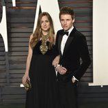 Eddie Redmayne y Hannah Bagshawe en la fiesta Vanity Fair tras los Oscar 2016
