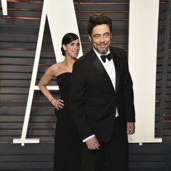 Benicio del Toro en la fiesta de Vanity Fair tras los Oscar 2016