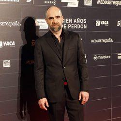Luis Tosar en el estreno de la película 'Cien años de perdón'