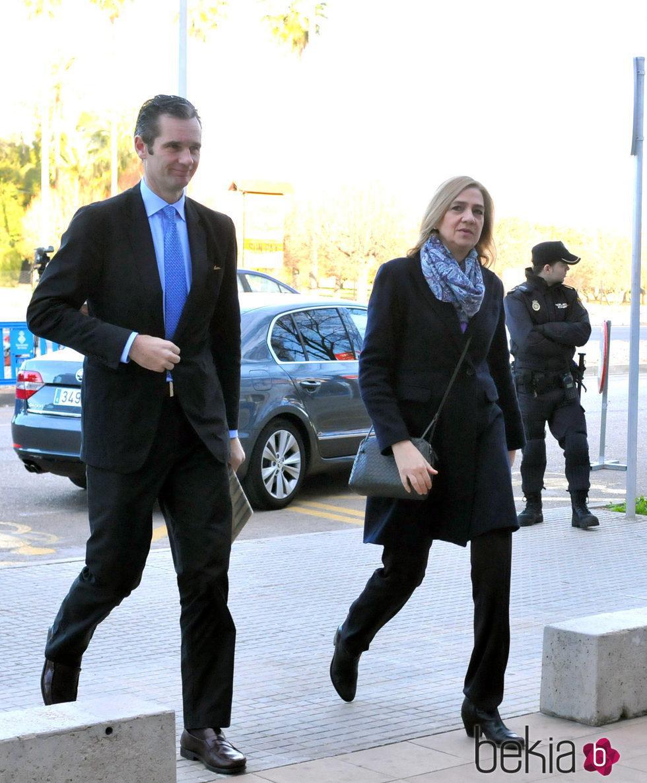 Iñaki Urdangarín entra a declarar junto a la Infanta Cristina en la decimotercera sesión del juicio por el Caso Nóos