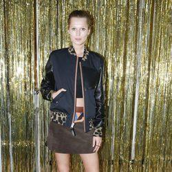 Toni Garrn en la Fashion Week de París otoño/invierno 2016/2017