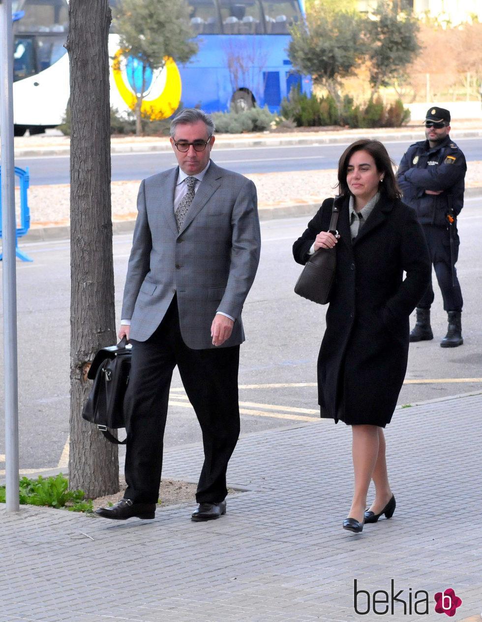 Diego Torres y Ana María Tejeiro a su llegada a la decimocuarta sesión del juicio por el Caso Nóos