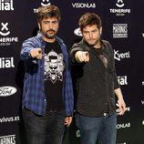 El grupo Estopa formado por los hermanos David y José Muñoz en los Premios Cadena Dial 2015