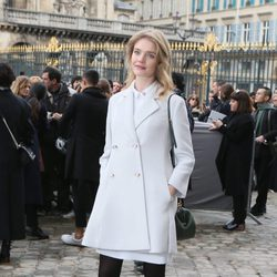 Natalia Vodianova en el desfile de Christian Dior en Paris Fashion Week otoño/invierno 2016/2017