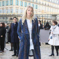 Anja Rubik en el desfile de Christian Dior en Paris Fashion Week otoño/invierno 2016/2017