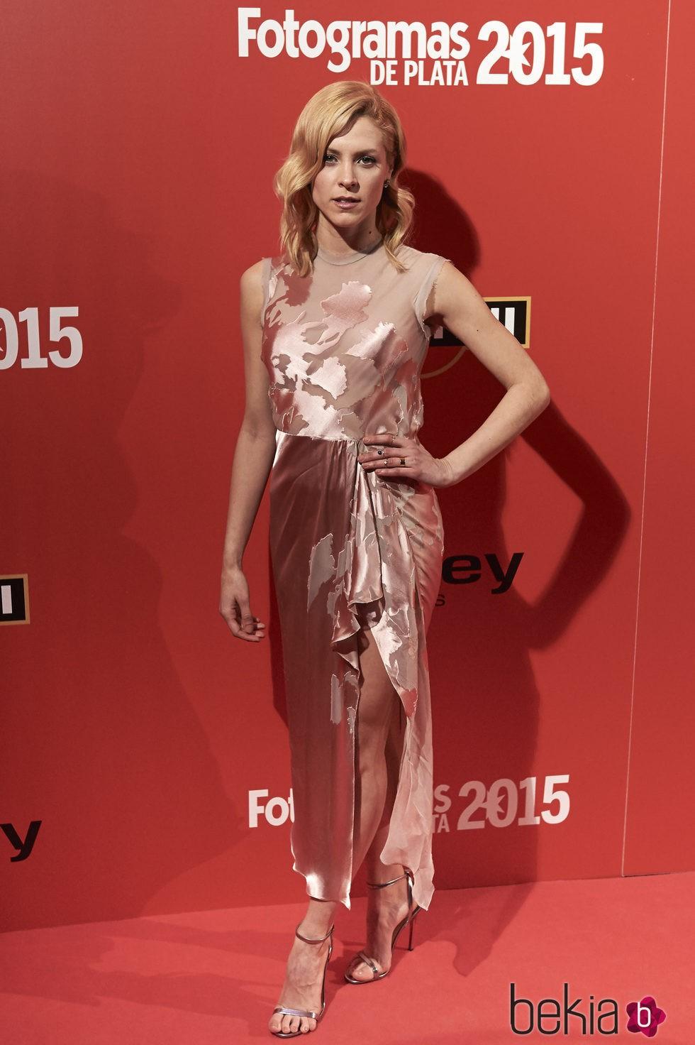 Maggie Civantos en la alfombra roja de los Fotogramas de Plata 2015