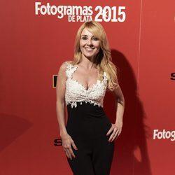 Cayetana Guillén Cuervo en la alfombra roja de los Fotogramas de Plata 2015