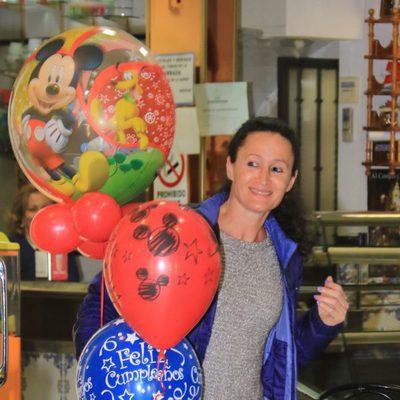 Dulce en el segundo cumpleaños de Alberto Isla Pantoja