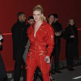 Lara Stone en la fiesta L'Oreal Paris Red Obsession