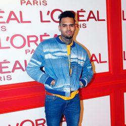 Chris Brown en la fiesta L'Oreal Paris Red Obsession
