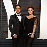 Demi Lovato y Wilmer Valderrama en la fiesta de Vanity Fair de los Premios Oscar 2016