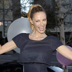Paula Vázquez saca músculo en un acto publicitario