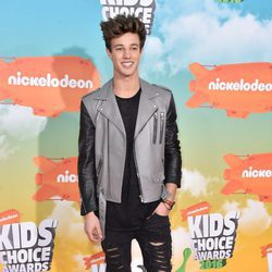 Cameron Dallas en los Nickelodeon Kids' Choice Awards