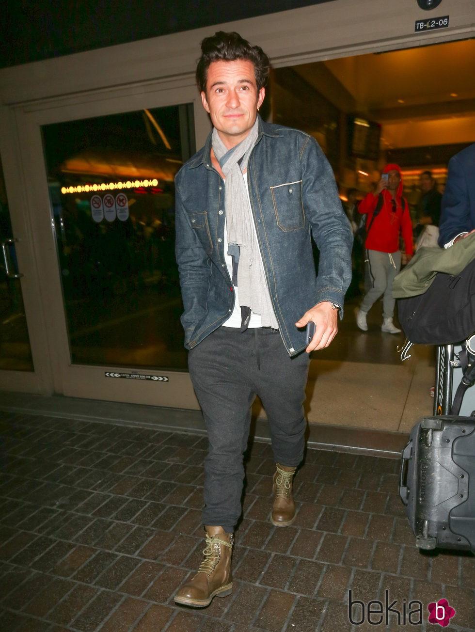 Orlando Bloom evita esconderse en su coincidencia con Katy Perry en el aeropuerto de Los Ángeles