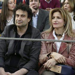 Pepe Rodríguez con su mujer en el festejo taurino en Illescas en Toledo