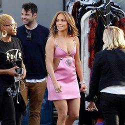 Jennifer Lopez en un descanso del rodaje de 'American Idol' en Los Angeles