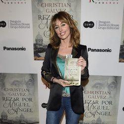 Emma García en la presentación del libro 'Reza por Miguel Ángel'