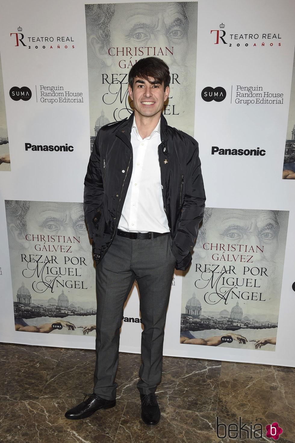 Daniel Muriel en la presentación del libro 'Reza por Miguel Ángel'