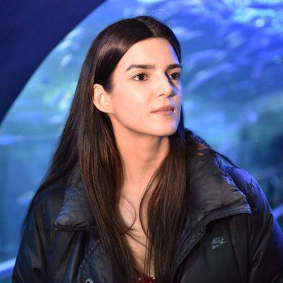 Clara Lago en el rodaje de 'Órbita 9' en el Acuario de San Sebastián