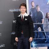 Ansel Elgort en el estreno 'La serie Divergente: Leal'