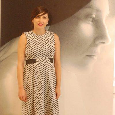 Marian Álvarez luciendo embarazo en la presentación de la tv movie 'Teresa'