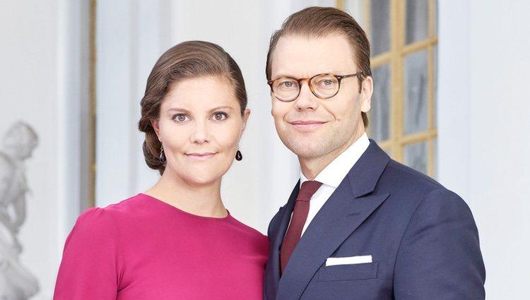 Foto oficial de la Princesa Victoria y el Príncipe Daniel de Suecia