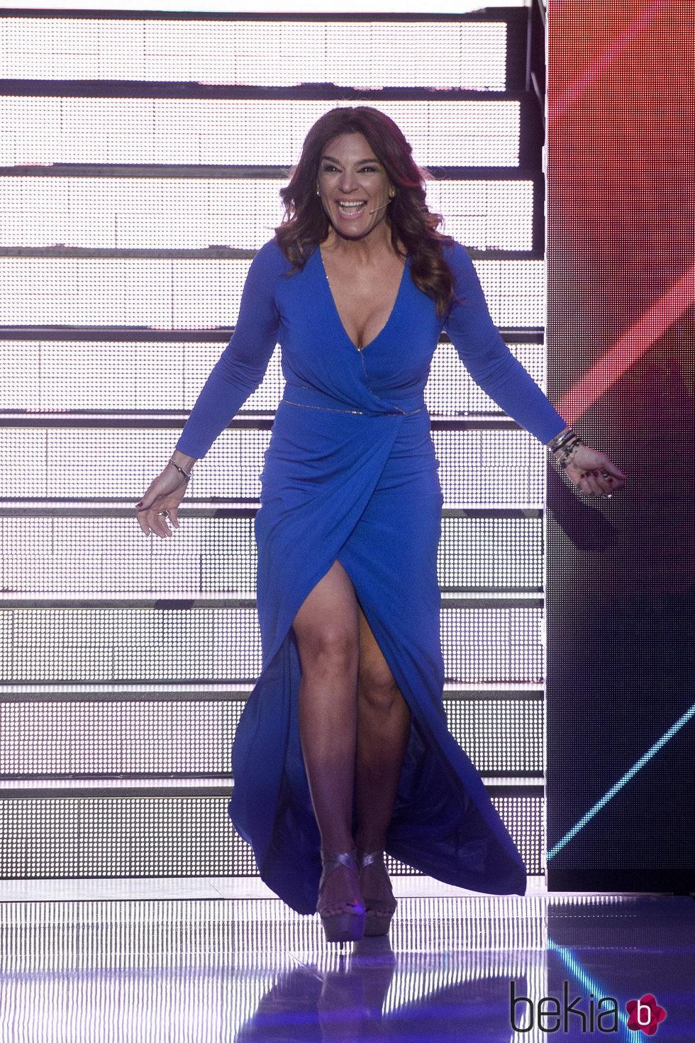 Raquel Bollo entrando en el plató de 'Gran Hermano VIP' tras su expulsión