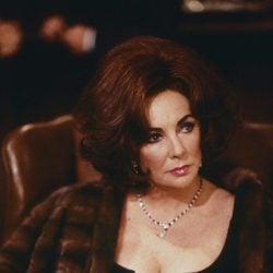 Elizabeth Taylor como Alexandra del Lago en una escena de la película
