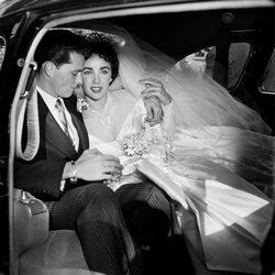 Elizabeth Taylor el día de su boda con su primer marido Nicky Hilton