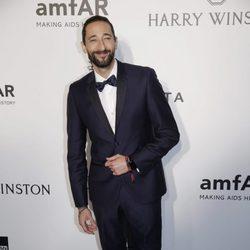 Adrien Brody en la gala benéfica amfAR en Hong Kong