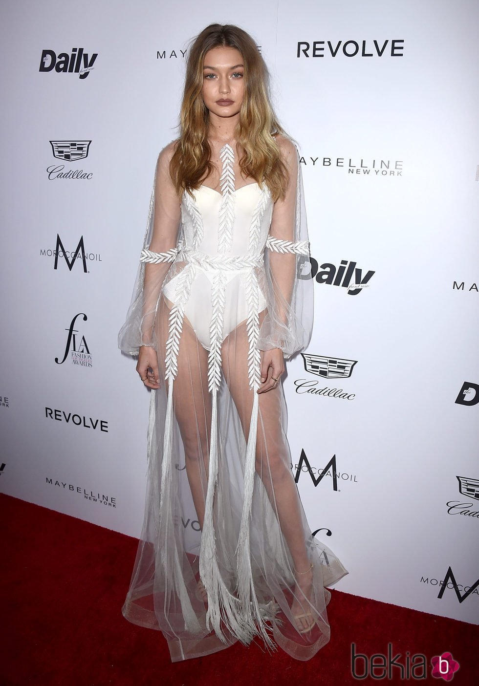Gigi Hadid en los Fashion Awards 2016 en Los Ángeles