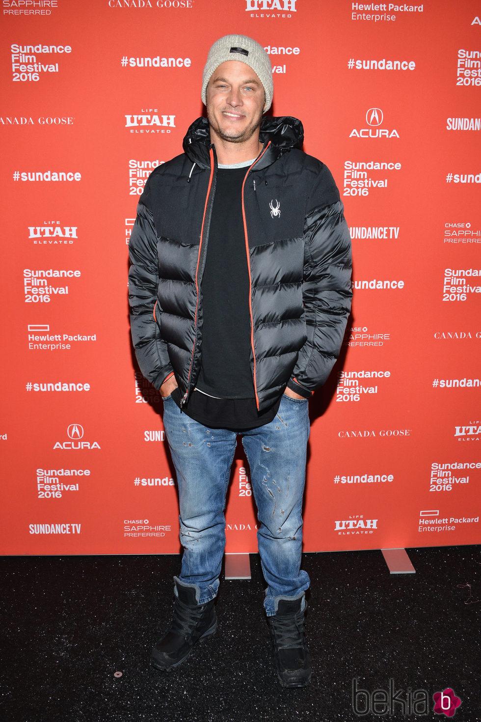 Travis Fimmel en la premiere de 'Maggie's Plan' durante el Festival de Sundance 2016