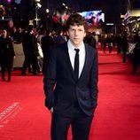 Jesse Eisenberg en el estreno de la película 'Batman v Superman: El amanecer de la justicia' en Londres