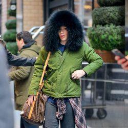 Iggy Azalea caminando por las calles de Nueva York muy muy abrigada