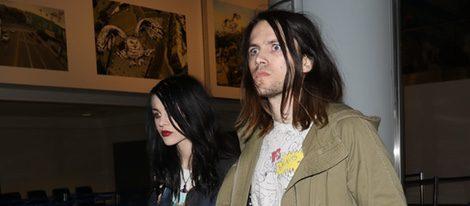 Frances Bean Cobain y Isaías Silva en una de sus últimas apariciones juntos