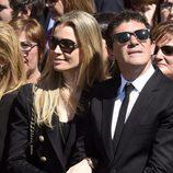 Antonio Banderas y Nicole Kimpel en la procesión del Cristo de la Buena Muerte