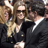 Antonio Banderas y Nicole Kimpel, muy cómplices en la procesión del Cristo de la Buena Muerte