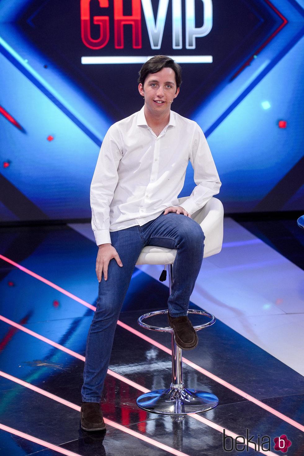 Fran Nicolás en el plató de 'Gran Hermano VIP 4' tras su expulsión