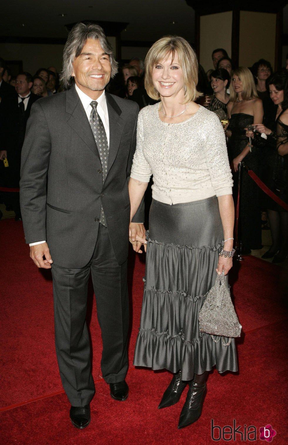 Olivia Newton-John y su novio Patrick McDermott