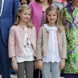 La Princesa Leonor y la Infanta Sofía en la Misa de Pascua 2016