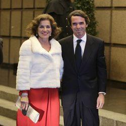 Ana Botella y José María Aznar en el 80 cumpleaños de Mario Vargas Llosa