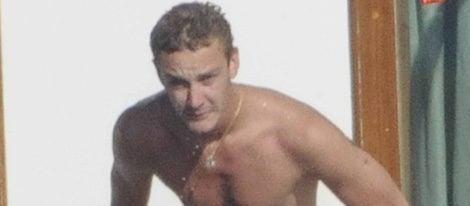 Pierre Casiraghi desnudo